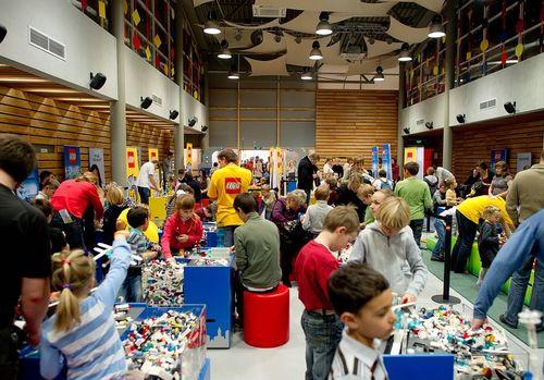 LEGO® и агентство Pro-Vision открыли стройку Ледяного Города