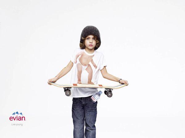 Юный скейтбордист - новый персонаж в рекламной кампании Evian «Live young!», апрель 2012г.