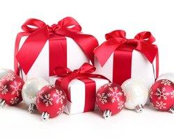 Новогодние бизнес-сувениры: на чём экономят заказчики?
